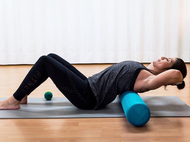 Релаксиране на мускулите с пяна ролка